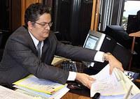 TSE mantém cassação de registro do prefeito de Cáceres (MT)